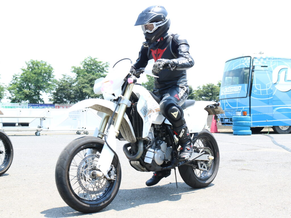 DR-Z400SM at 桶川スポーツランド